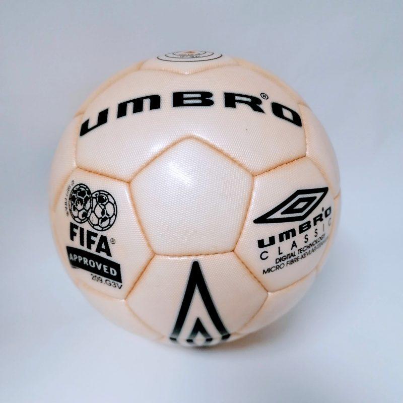 Ballon de Football Umbro Classic Match vintage